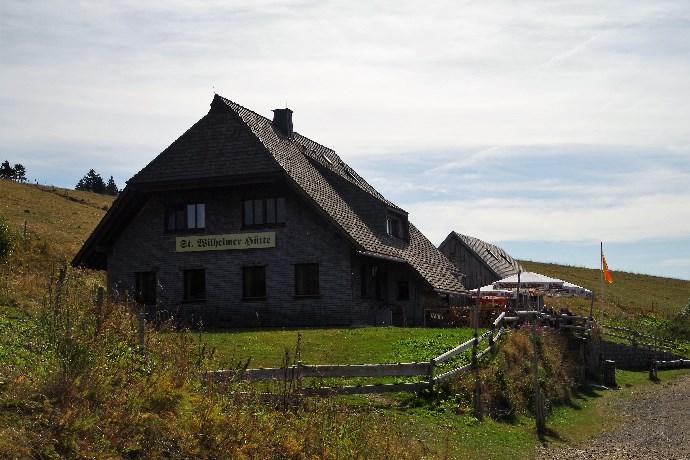 St. Wilhelmerhütte - Ausruhen und stärken für die weitere Wanderung
