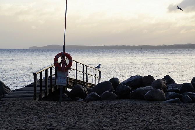 Bild: Am frühen Morgen an der Ostsee