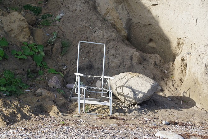Bild: Müll am Ufer